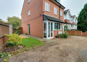 Thumbnail 2 bed flat to rent in Deans Road, Sutton