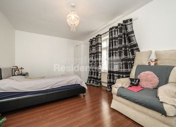 4 bed flat to rent in Lowth Road, London SE5