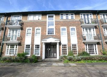 Thumbnail 2 bed flat to rent in Stanhope Road, London