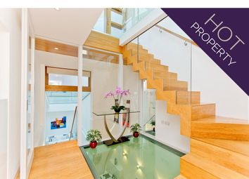Thumbnail 2 bedroom mews house for sale in Gloucester Mews West, London