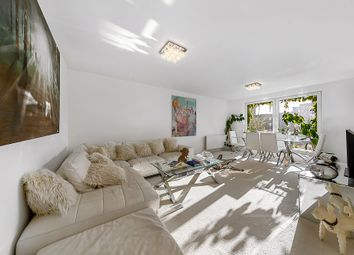2 bed flat for sale in Rosebank, Holyport Road, Fulham, London SW6