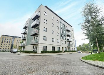 Thumbnail 3 bed flat to rent in Metropolitan House, Pump House Crescent, Brentford