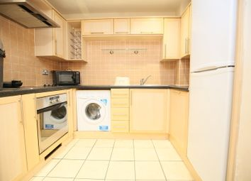 2 bed flat to rent in Fairfax Street, Coventry CV1