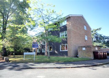 Thumbnail 2 bed flat for sale in Kingswood Court, Southcote Road, Reading, Berkshire