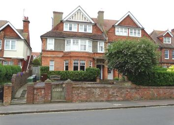 3 bed flat to rent in Southfields Road, Eastbourne BN21