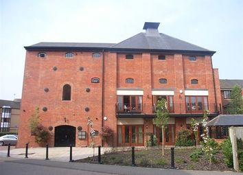 Thumbnail 2 bedroom flat to rent in The Malthouse, Fobney Street, Reading