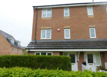 Thumbnail 4 bed town house for sale in Winthorpe Gardens, Borehamwood