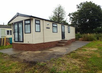 Thumbnail 2 bed mobile/park home for sale in Carlton Manor, Carlton On Trent, Nottinghamshire