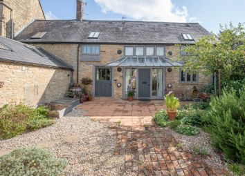 Thumbnail 2 bed barn conversion to rent in Market Street, Charlbury, Chipping Norton
