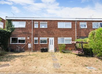 Thumbnail 2 bed flat to rent in Victoria Avenue, Southend On Sea, Essex