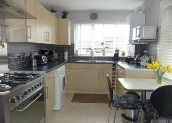 Thumbnail 2 bed property to rent in Southview Road, Weymouth