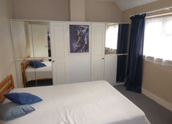 Thumbnail 1 bedroom flat to rent in Hyde End Lane, Ryeish Green, Reading