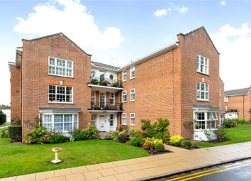 Thumbnail 2 bedroom flat for sale in Grandison House, Phyllis Court Drive, Henley-On-Thames