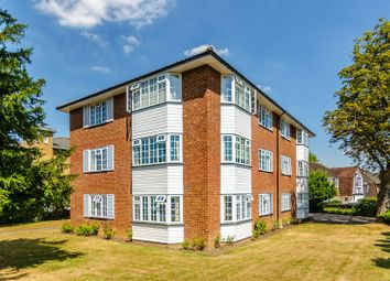 3 bed flat for sale in Mays Hill Road, Bromley BR2