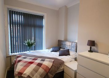 4 bed shared accommodation to rent in Middleton Road, Chadderton, Oldham OL9