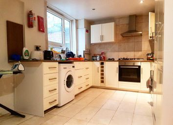 Room to rent in Lang Street, Aldgate, London E1