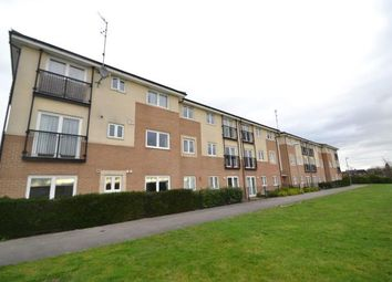 Thumbnail 2 bed flat for sale in Queensland Cresent, Chelmsford, Essex