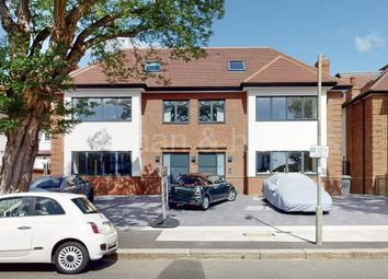 The Ridgeway, London NW11. 2 bed flat