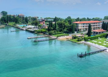 Thumbnail 5 bed villa for sale in Sirmione, Sirmione, Brescia, Lombardy, Italy