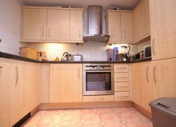 Thumbnail 3 bed flat to rent in Manchester Road, Docklands