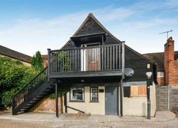 Thumbnail 3 bed flat for sale in Wycombe End, Beaconsfield, Buckinghamshire