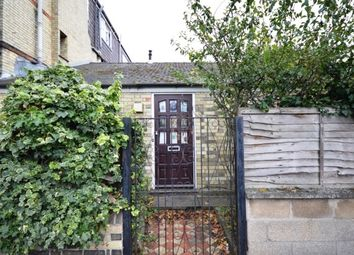 Thumbnail 1 bed flat to rent in Humberstone Road, Cambridge