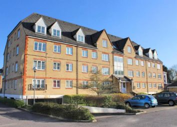 Thumbnail 1 bed flat to rent in Station Road, Elstree, Borehamwood