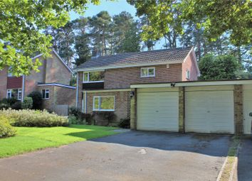Roundway Close, Camberley GU15. 3 bed detached house
