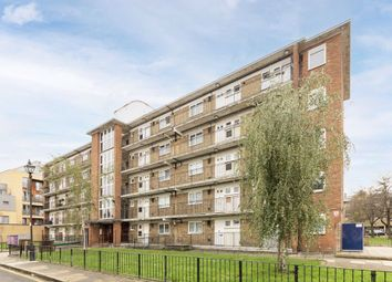 Wellington Row, London E2. 1 bed flat for sale