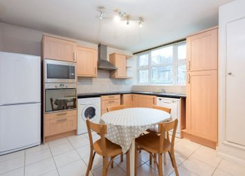 Thumbnail 2 bed flat to rent in Falcon Grove, Battersea