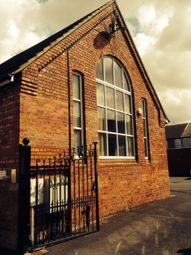 Thumbnail 2 bed flat to rent in Bargate, Lincoln