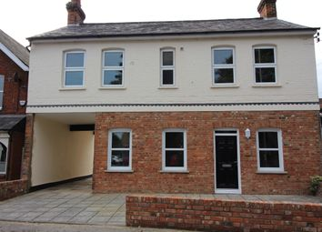 Thumbnail 1 bed flat to rent in Station Rd, Bourne End