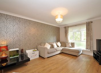 Thumbnail 1 bed flat for sale in Aldbury Grove, Welwyn Garden City, Hertfordshire