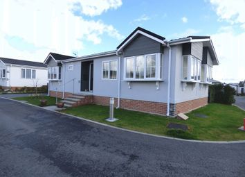 Thumbnail 2 bed mobile/park home for sale in Ashmeads Crescent, Orchard Park, Gloucester