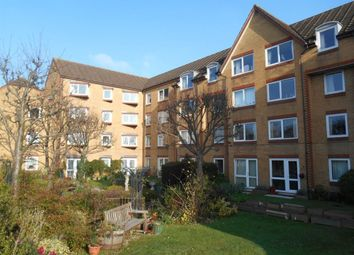 Thumbnail 1 bedroom flat to rent in Cassio Road, Watford