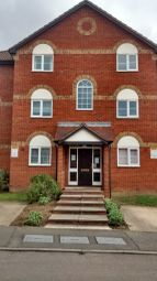 Thumbnail Studio to rent in Columbus Gardens, Northwood, Middlesex