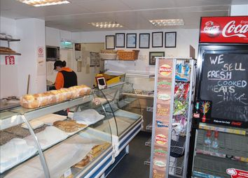Thumbnail Restaurant/cafe for sale in Cafe & Sandwich Bars DN11, New Rossington, South Yorkshire