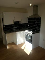 Thumbnail 2 bed flat to rent in Beulah Road, Thornton Heath