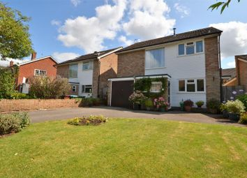 Thumbnail 3 bed detached house to rent in Thame Road, Haddenham, Aylesbury