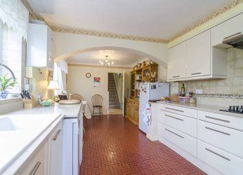 Thumbnail 5 bed property for sale in Gordon Hill, Enfield