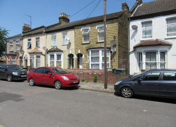 Thumbnail 3 bedroom duplex to rent in Heybourne Road, London
