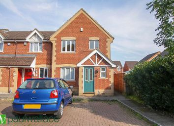 3 bed end terrace house for sale in Pettys Close, Cheshunt, Waltham Cross EN8