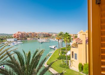Thumbnail 2 bed apartment for sale in Isla Del Pez Volador, Sotogrande, Cadiz Sotogrande