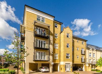 Thumbnail 3 bed flat to rent in Renwick Drive, Bromley