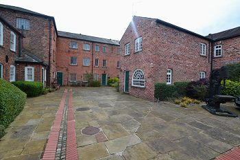 Thumbnail 2 bed semi-detached house to rent in Pinfold Street, Macclesfield