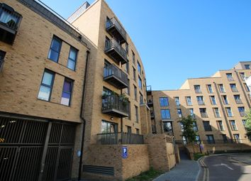 Thumbnail 2 bed flat to rent in Connersville Way, Croydon, Surrey