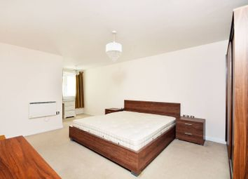 Thumbnail 2 bed flat to rent in Broadway, Ealing, London