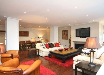 Thumbnail 3 bedroom flat to rent in Savoy Court, London