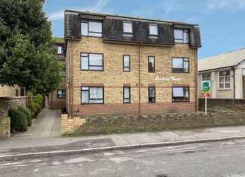 Pendene Court, 22 Penhill Road, Lancing, West Sussex BN15. 1 bed flat for sale