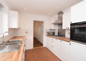 Thumbnail 3 bed detached house to rent in Gordon Road, Ashford